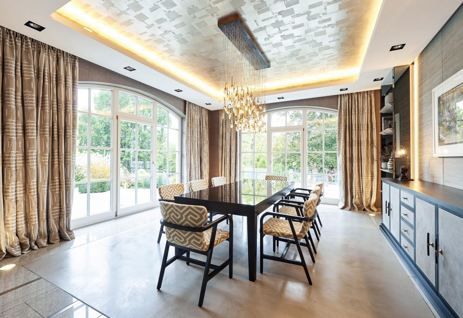 Hier sehen Sie ein Bild von Essbereich - RAUM contemporary interior
