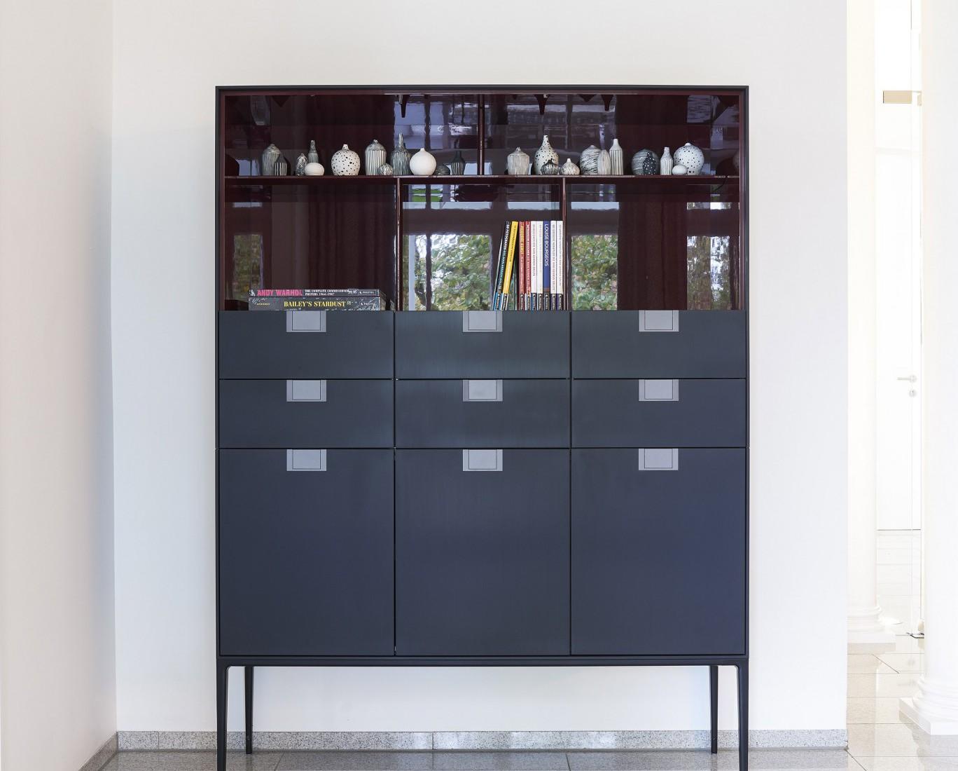 Hier sehen Sie ein Bild von Schrank - RAUM contemporary interior