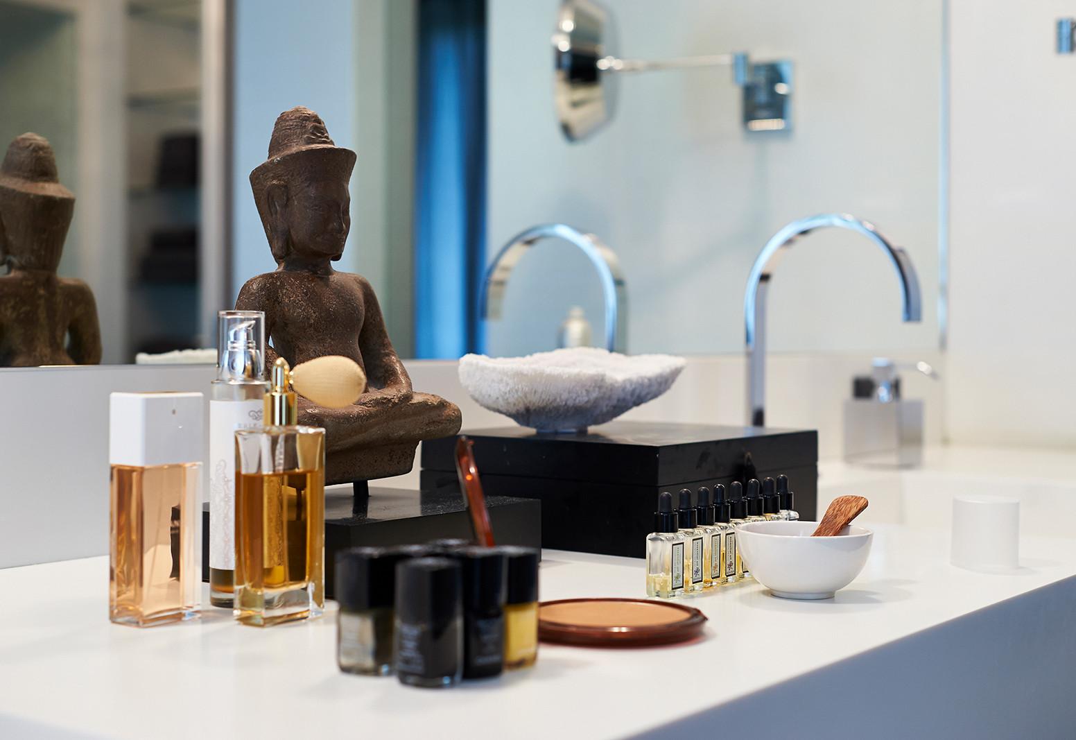 Stefanie Raum Badezimmer Waschtisch Detail Raum Contemporary Interior