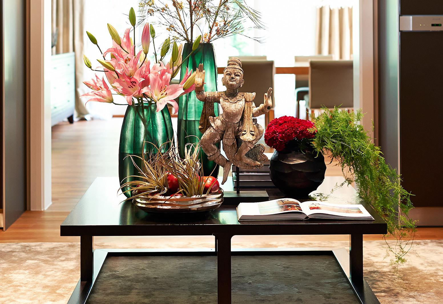 Hier sehen Sie ein Bild von Stefanie Raum Dekoration Beistelltisch Raum Contemporary Interior